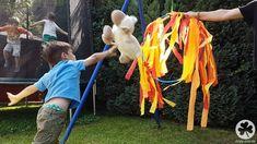 Auf Deiner Ritter-Party brauchst Du natürlich auch passende Spiele. Wie wäre es hiermit?  Danke für diese schöne Idee! Dein balloonas.com  #kindergeburtstag #balloonas #ritter #motto #party #spiele #jungs