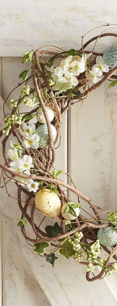 Easter Wreath | Easter Decorating Ideas