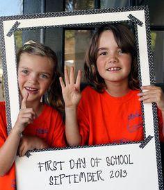 First & Last Day of School: Photo Ideas www.fiskars.com