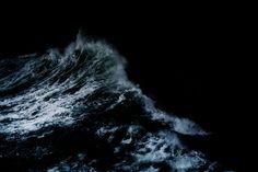 """ right now the oceans blacker than black, the sky is too ""  -/ drown aesthetic  -/ tyler joseph  -/ twenty one pilots"