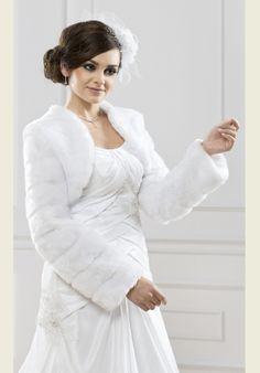 Mademoiselle Szalon - Győr - menyasszonyi ruha, esküvői ruha, menyasszonyi…