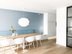 Bathroom Decorating – Home Decorating Ideas Kitchen and room Designs Blue Dinning Room, Dinning Room Tables, Dining Room Design, Banquette Dining, Kitchen Table Bench, Custom Kitchens, Dining Room Inspiration, Small Dining, Deco Furniture