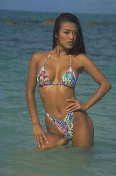 Sung Hi Lee hit the beach Sung Hi Lee, Asian Fever, Swimsuits, Bikinis, Swimwear, Sport Gymnastics, Adults Only, Singing, Lingerie