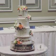 4 tier semi naked master piece @internationalofbrighton. Decorated with pretty fresh roses.  @melbourneweddinggroup #regniercakes #regniercakesstudio #weddingcake #melbourneweddingcakes #baysidewedding #seminakedcakes #seminakedweddingcake