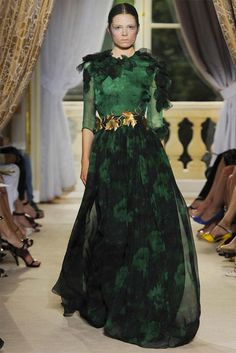 Giambattista Valli Haute Couture Green Flowery Freak Collection 4 WOW that belt!