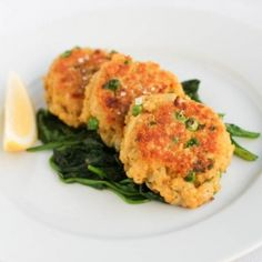 Paella Quinoa Patties with Garlicky Spinach - quinoa patties with the flavor of paella, and quite the protein punch