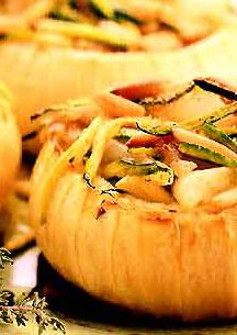 Stuffed Vidalia Onions (using zucchini, bread crumbs and pine nuts), Main Dishes, Meatless
