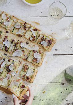 Une recette pour l'apéro avec du bacon, ça fait toujours fureur et celle-ci ne fait pas exception.