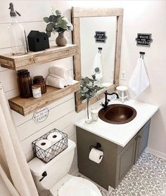 What do you think of this cute modern farmhouse bathroom? (Modern decor house interior design, modern decor inspiration design trends, modern home decor grey colour schemes, modern decor inspiration bathroom makeover. Bad Inspiration, Home Decor Inspiration, Grey Cabinets, Bathroom Interior, Modern Bathroom Decor, Farmhouse Decor Bathroom, Farm House Bathroom, Modern Farmhouse Decor, Vintage Bathroom Decor