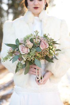 Ramo de novia de invierno en tonos empolvados :: Dusty Purple Winter Bouquet