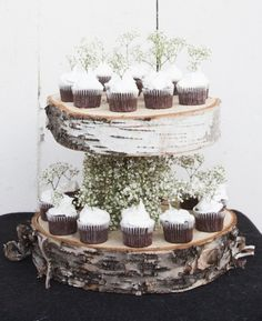 #trending - easy birch DIY projects. Floating cupcake stand. Get the how-to via @rusticwedchic