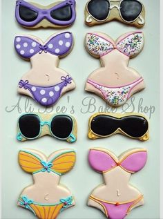 Bikini Bathing Suits and Sunglasses / Sunnies decorated cookies / iced biscuits for a summer pool party. Summer Cookies, Fancy Cookies, Iced Cookies, Cut Out Cookies, Cute Cookies, Royal Icing Cookies, No Bake Cookies, Cookies Et Biscuits, Cupcake Cookies
