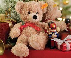 steiff Teddy Bear (FYNN) - Personalised  Personalised Steiff Teddy only   http://www.comparestoreprices.co.uk/soft-toys/steiff-teddy-bear-fynn--personalised.asp