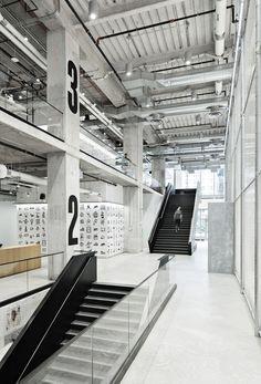 Gallery of Nike New York Headquarters / WSDIA | WeShouldDoItAll + STUDIOS Architecture - 2