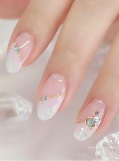 35 Simple Ideas for Wedding Nails Design 2 - Nails Art Ideas Gorgeous Nails, Pretty Nails, Gel Nagel Design, Wedding Nails Design, Japanese Nails, Oval Nails, Luxury Nails, Nagel Gel, Bridal Nails