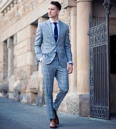 Plaid-Suit-and-Knit-Tie