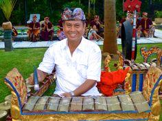 www.villabuddha.com  trouwen op Bali Huur onze villa en wij organiseren uw bruiloft tot in de puntjes. moniquekruyssen@zonnet.nl