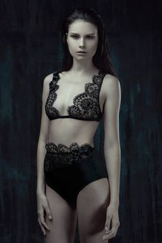 Camille Roucher lingerie (Pauline Moulettes by Pauline Darley) 80ef8bccd