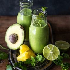 With the festive season over, a new year stretches ahead full of good intentions. With the determination to exercise and eat more healthily key resolutions for many. Yummy Smoothies, Smoothie Drinks, Watercress Recipes, Avocado Juice, Gastro Pubs, Healthy Snacks, Healthy Recipes, Aesthetic Food, Smoothie