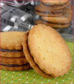 Biscuits Archives - Page 3 sur 6 - Perle en sucre Tea Cake Cookies, Galletas Cookies, Biscuit Cookies, Desserts With Biscuits, Cookie Desserts, Chocolate Tea Cake, Chocolate Recipes, Biscotti, Cinnamon Tea Cake