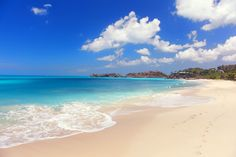 https://flic.kr/p/ephGmM | Exotic sea | Foot prints on a beautiful beach, Antigua