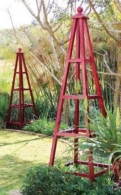 DIY pyramid trellis