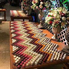New Chocolate Desserts Elegant Food Ideas Party Platters, Food Platters, Fruit Display Wedding, Wedding Sweets, Buffet Wedding, Catering Buffet, Catering Ideas, Food Garnishes, Fruit Party