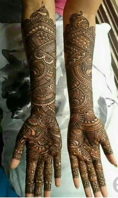 Brown Mehndi Designs are given on this page. These designs are beautiful and easy to make.These designs are also very attractive and amazing. Rajasthani Mehndi Designs, Arabic Bridal Mehndi Designs, Mehndi Designs 2018, Mehndi Designs For Girls, Dulhan Mehndi Designs, Full Hand Mehndi Designs, Floral Henna Designs, Leg Mehndi, Legs Mehndi Design