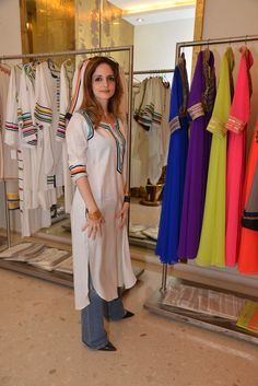 Twinkle Khanna, Suzzane Khan and others at Preview of Abu Jani Sandeep Khosla's 2015 collection