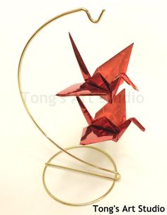 Origami Crane Stand origami ornament by TongsPapercutOrigami