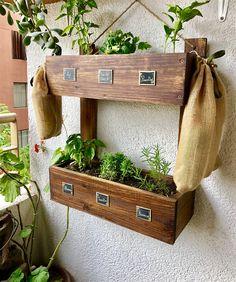 Garden Style-C ~ Productos Amazing Gardens, Beautiful Gardens, Luxury Garden Furniture, Grow Boxes, Lush Lawn, Grow Room, Diy Planters, Planter Ideas, Garden Styles