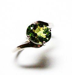 Peridot ring peridot solitaire ring peridot by Michaelangelas, $49.50