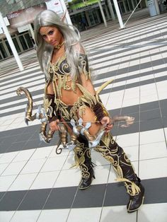 Night Elf - World of Warcraft Cosplay (can't remember the armor name!)