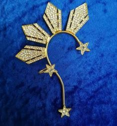 Catriona Gray Ear Cuff in The Three Stars and the Sun Ear Cuff by Catriona Gray & Tessera Jewelry Miss Universe Philippines, Miss Philippines, Cuff Earrings, Star Earrings, Filipiniana, Piercings, Sun And Stars, Clay Jewelry, Jewellery