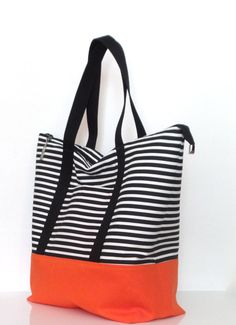 Large Zippered Tote Bag / Gym Bag / Travel Bag / by bettyscorner