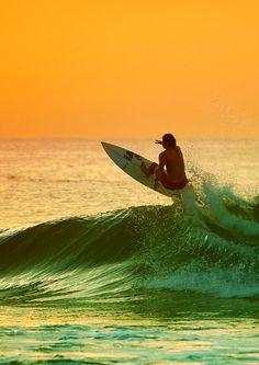 ~the surfer's sunrise
