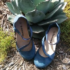 Ready for the weekend in my #bearpaw #mallory!  What are you lovelies doing for fun this weekend?  #bearpawstyle #bearpaweurope #bearpawlatam #bearpawmongolia #shoe #sandal #weekend #summer #fun #cute