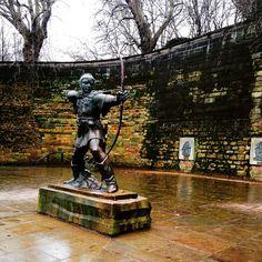 Nottingham Castle plays host to Robin Hood, Nottingham's most famous face. Photo by heyitslottie (Instagram)