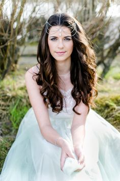Brautinspiration: Liebesbriefe am Donaustrand Carolin Anne Fotografie http://www.hochzeitswahn.de/inspirationsideen/brautinspiration-liebesbriefe-am-donaustrand/ #wedding #shooting #bride