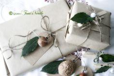 Quattro toni di verde: #natalealverde Alloro e nocciole, doni dal bosco, per pacchetti e segnaposto Christmas Gift Box, Wraps, Gift Wrapping, Packaging, Party, Xmas, Noel, Merry Little Christmas, Gift Wrapping Paper