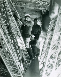 USS Macon Interior, Interior catwalk.