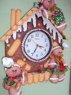 ginger house  relógio feito em e.v.a Christmas Clock, Christmas Art Projects, Christmas Gingerbread, Christmas In July, Blue Christmas, Christmas 2017, Christmas Candy, Holiday Crafts, Christmas Decorations