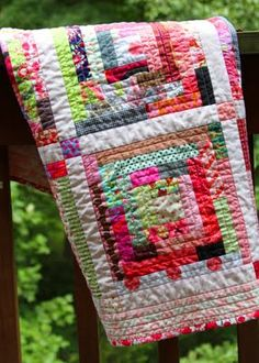Log cabin quilt for baby girl