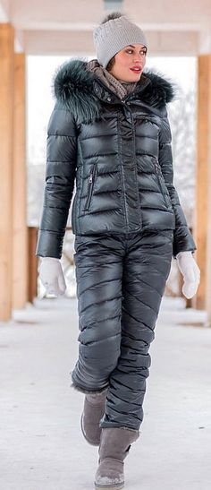 conso black | skisuit guy | Flickr Cool Jackets, Jackets For Women, Winter Jackets, Winter Coats, Nylons, Down Suit, Snow Fashion, Women's Fashion, Snowboarding Outfit