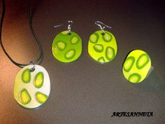Collar, ring and earrings made of different green fimo pastes.