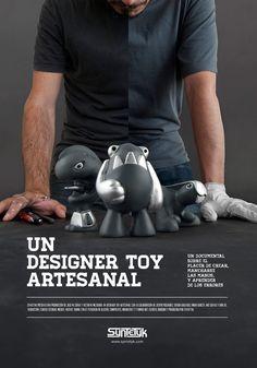 Cartel Un Designer Toy Artesanal