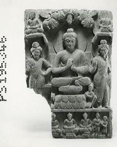 The Buddha preaching between two Bodhisattvas. Sitting Buddha, Buddha Statues, Beaded Garland, Acanthus, Hand Wrap, British Museum, Wavy Hair, Drapery, Buddhism
