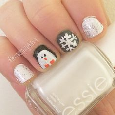 penguin nails Who doesn't love a DIY winter mani ? #essie #manicure #diynailart #penguin