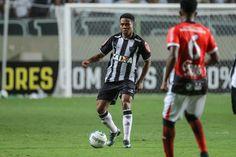 hhttp://hojeemdia.com.br/esportes/contrata%C3%A7%C3%A3o-do-ano-elias-enfrenta-o-villa-em-quinto-e-%C3%BAltimo-teste-antes-da-libertadores-1.449850  Contratação do ano Elias enfrenta o Villa em quinto e último teste antes da Libertadores