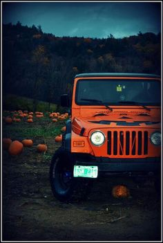 pumpkin jeep <3 love love love!! Happy Halloween from Transitowne!